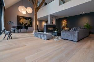 Exclusieve vloer met brede planken